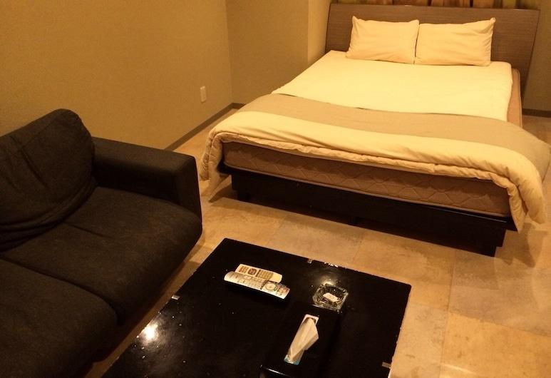馬伊黛亞溫成人酒店, 大阪, 雙人房, 客房
