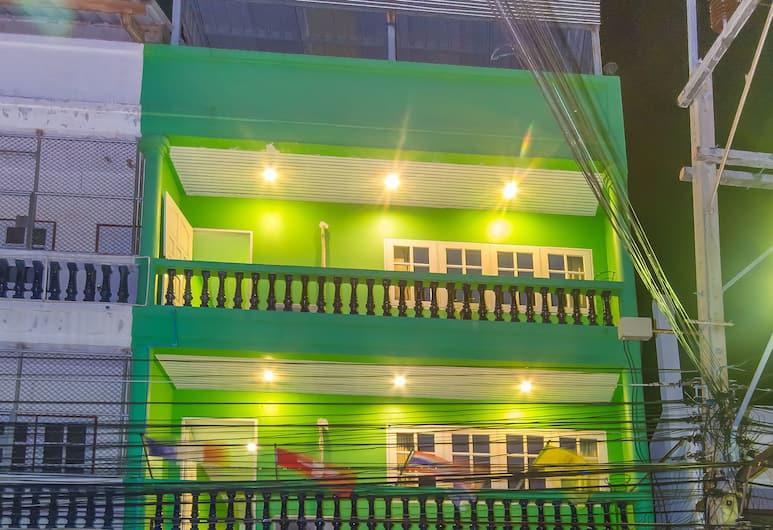 雅莉之家酒店, Hua Hin, 酒店入口 - 夜景