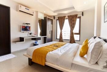 Фото Hotel Sai Bansi у місті Ширді