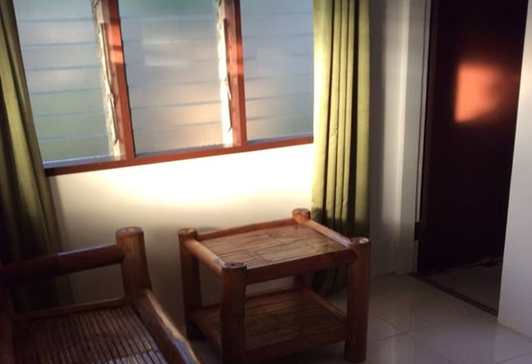 Camotes Flying Fish Resort, Poro, Non-airconditioning Cottage, Living Area