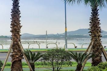 Φωτογραφία του Breeze Bay Hotel, Σεογκουίπο