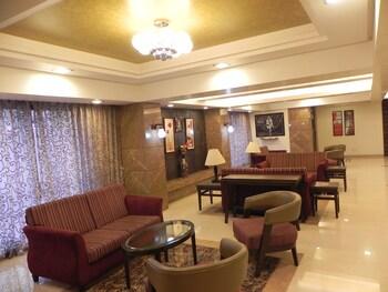 Hình ảnh Hotel Reeva Suites tại Shirdi