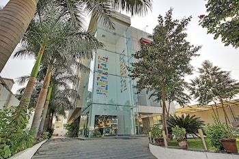 Enter your dates to get the Shirdi hotel deal
