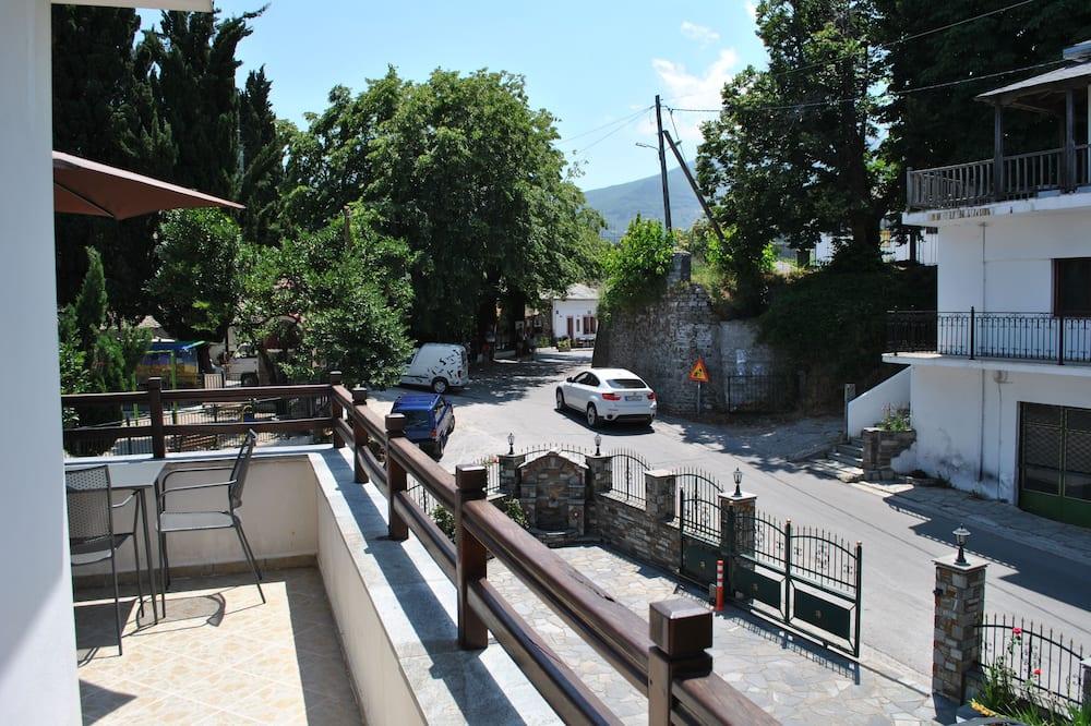 Apartamentai - Vaizdas iš balkono