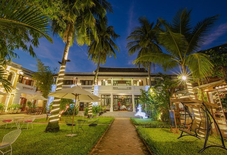 Ha An Hotel, Hoi An, Jardim