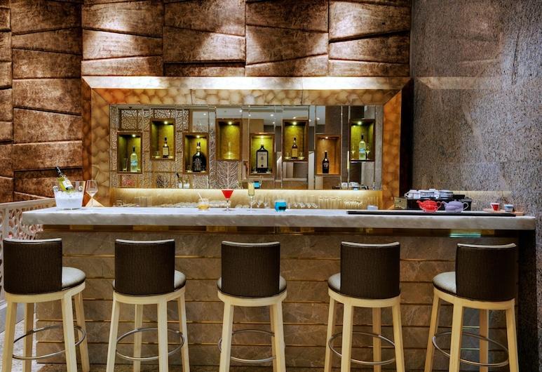 Niranta Airport Transit Hotel & Lounge Terminal 2 Arrivals, Mumbai, Bar Hotel
