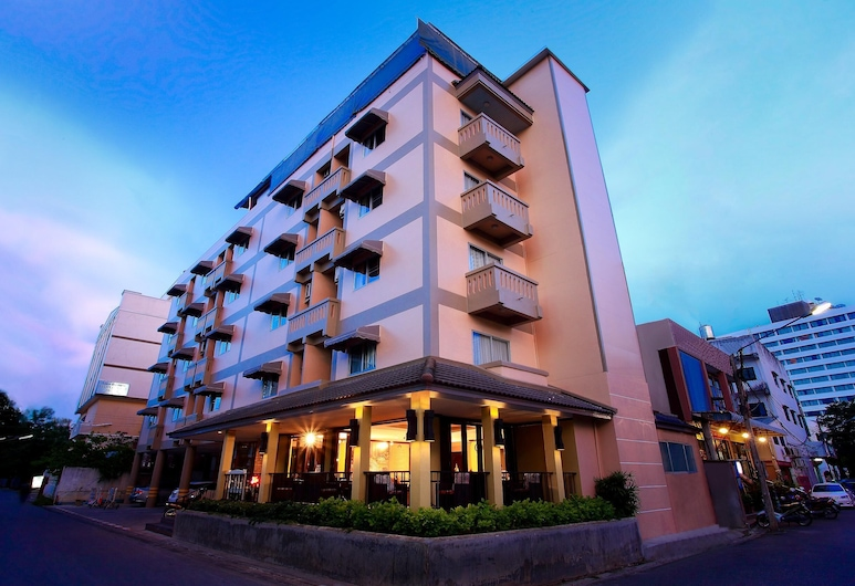 People Place Hotel, Chiang Mai, Exterior