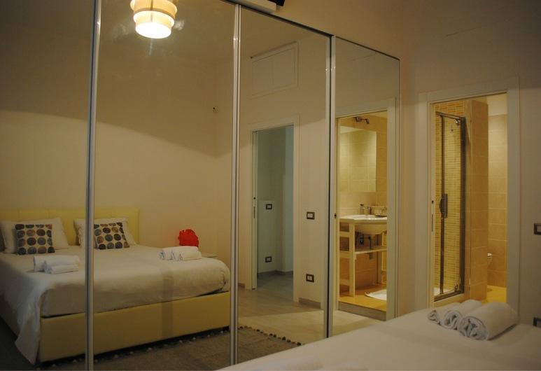 Ciak Holiday House, Rome, Room