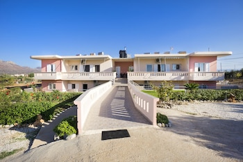 Picture of Skamagkas M. Apartments in Chania