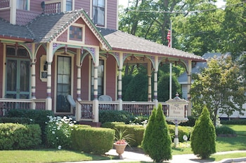 Picture of Villa Park House Bed and Breakfast in Spring Lake