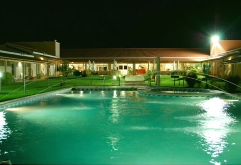 特馬谷渡假俱樂部, 費德拉西翁, 室外泳池