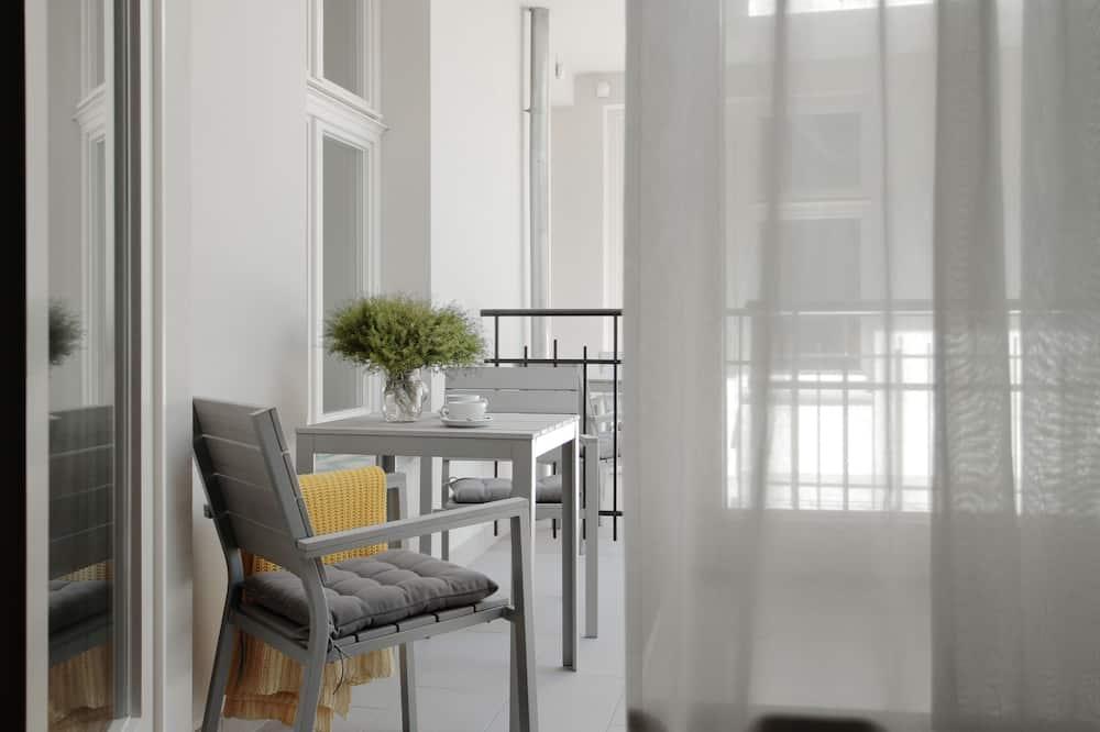 Apartment, 1 Bedroom, Fireplace - Balcony