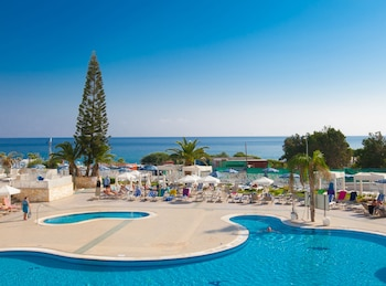 Picture of Odessa Beach Hotel in Protaras
