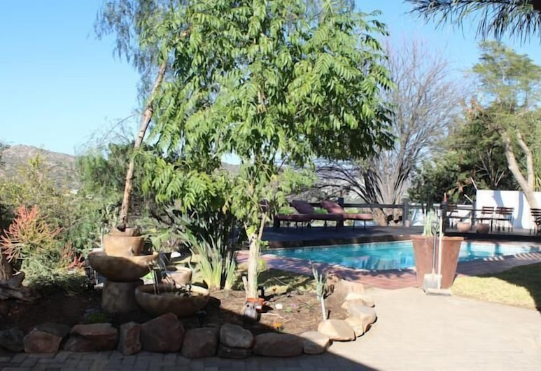 Hilltop Guesthouse, Windhoek, Property Grounds