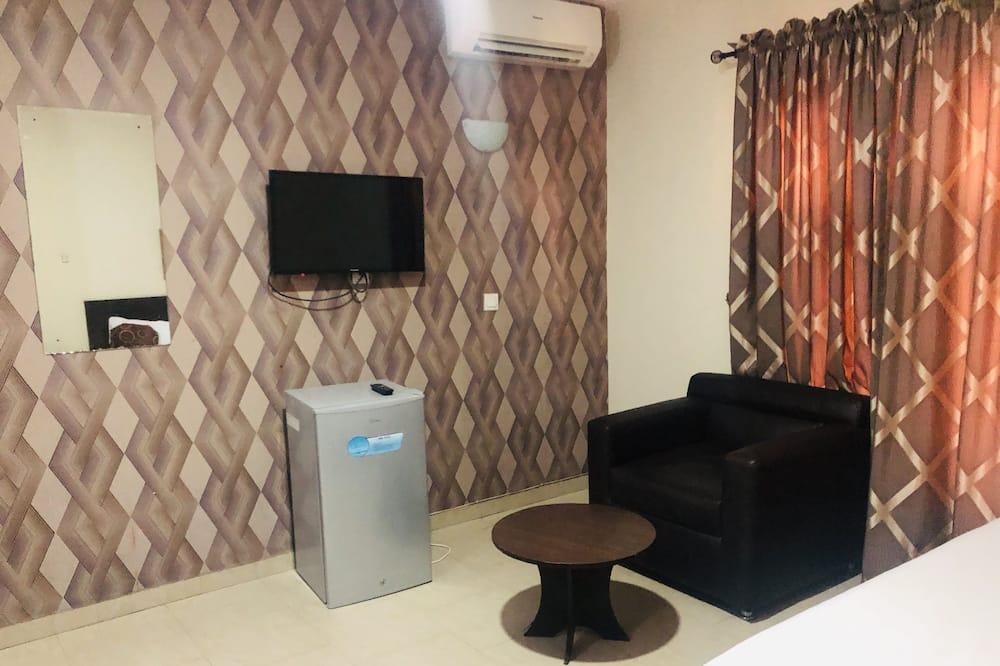 Suite (Mini) - Living Room