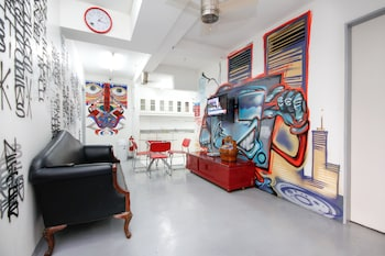 Picture of Lokal Hostel in Makati