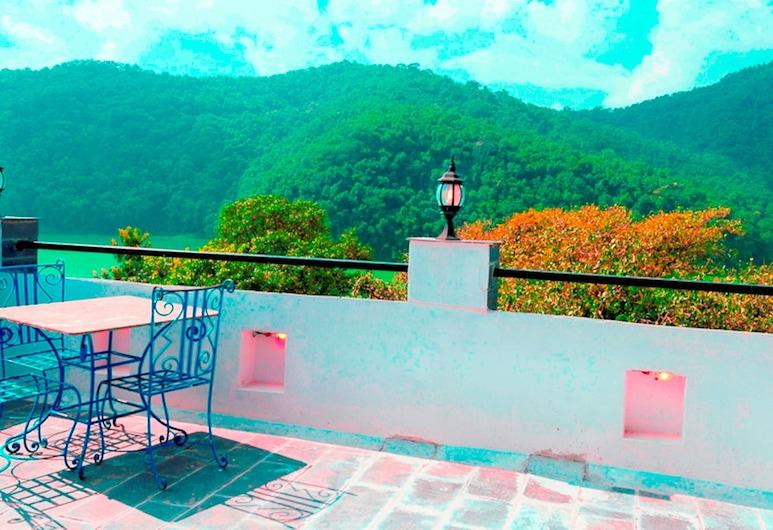 جلاسير هوتل آند سبا, بوكارا, منظر من الفندق