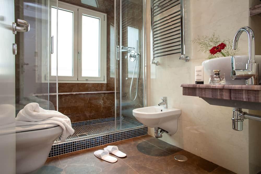 Dvojlôžková izba typu Superior s oddelenými lôžkami - Kúpeľňa