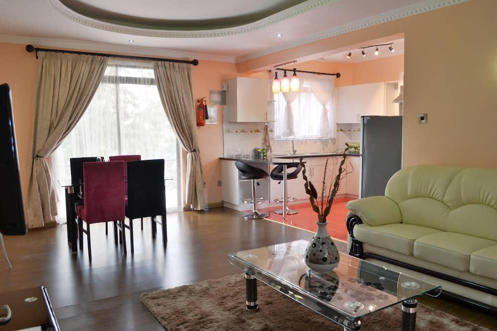 Premium appartement, 2 slaapkamers, keuken, Uitzicht op de stad - Woonruimte