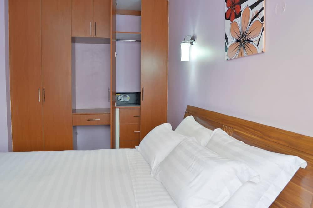 Premium appartement, 2 slaapkamers, keuken, Uitzicht op de stad - Kamer