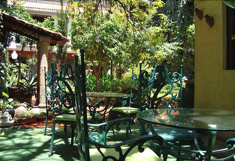Inn Galerias Hotel, Aguascalientes, Obiekty restauracyjne na zewnątrz