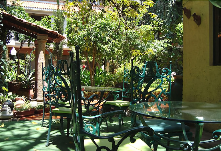 Inn Galerias Hotel, אגואס קליינטס, ארוחה בחוץ