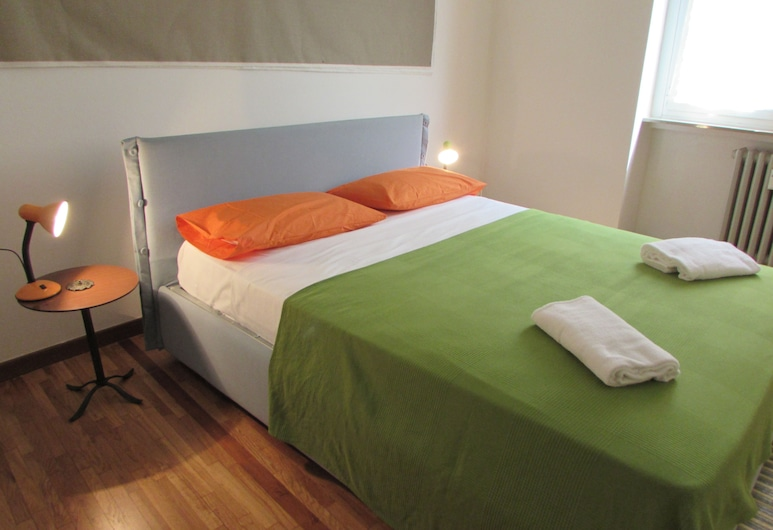 INNperfect Room Duomo, Milan, Double Room, 1 Double Bed, Shared Bathroom, Room