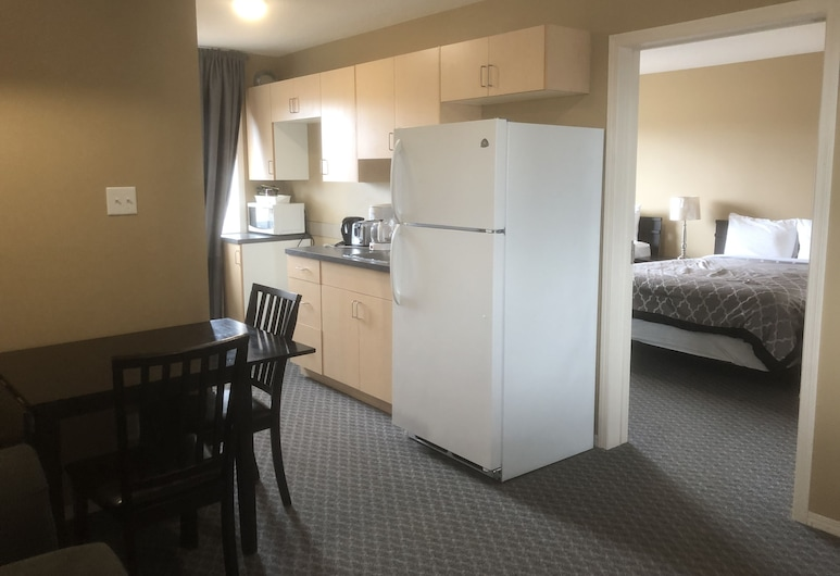 Voyageur Motel, Rocky Mountain House, In-Room Dining