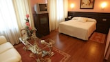 Book this 5 star hotel in Avila