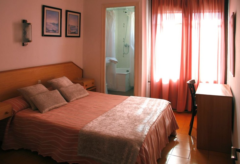 Can Setmanes, Blanes, Double Room, Guest Room