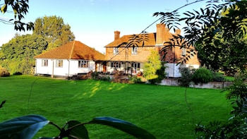 Picture of Iffin Farmhouse in Canterbury