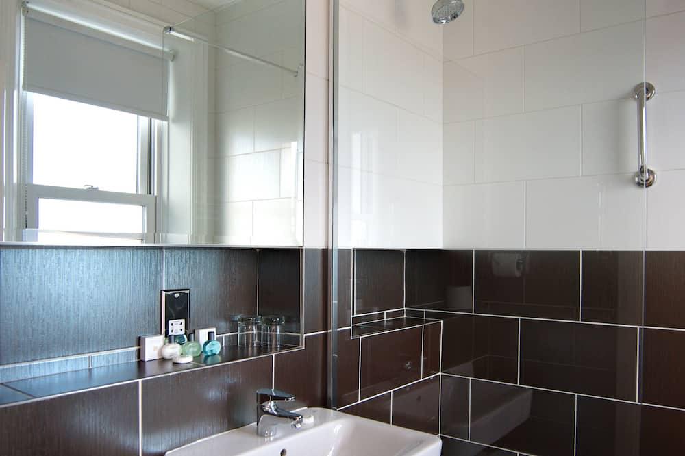 Standard Double Room, 1 Double Bed, Sea View - Bathroom