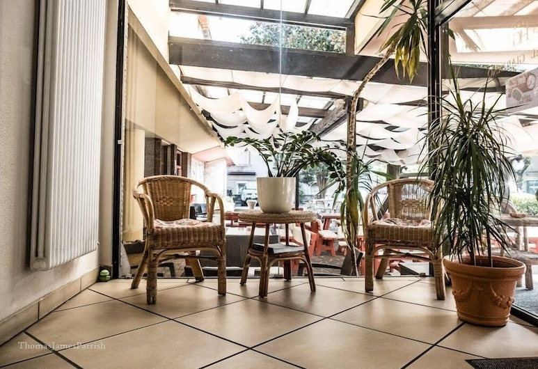 Hotel Giardino, Breno, Terasa
