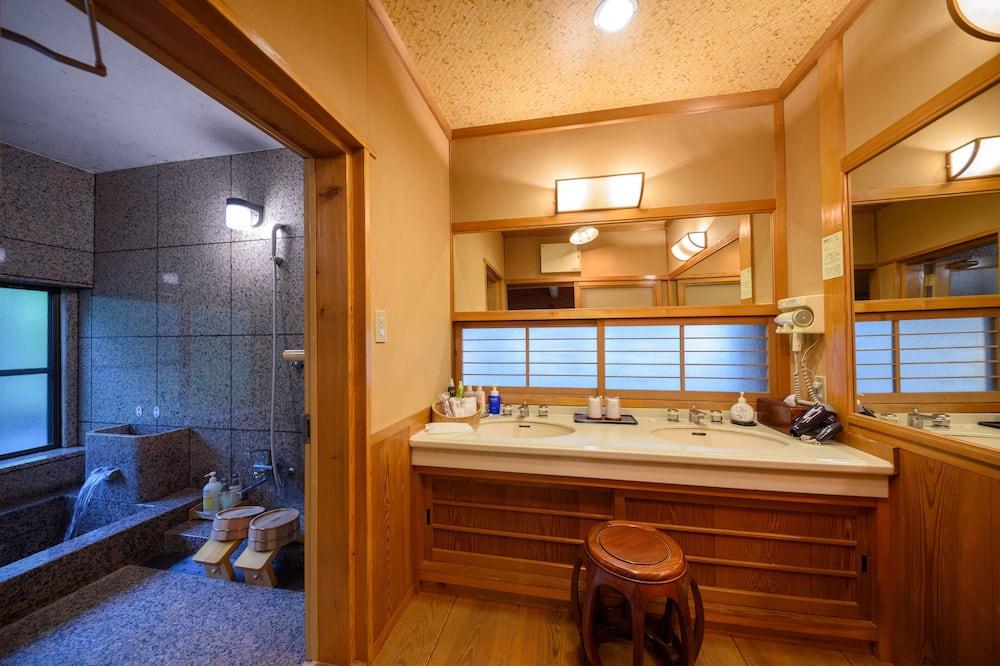 Tradicionális szoba (Annex(Kobotei) – Japanese Style for 6) - Fürdőszoba