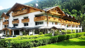 Picture of Europeo Charme & Relax Hotel in Pinzolo