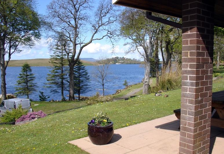 Manor House Marine & Cottages Ltd, Enniskillen, Hótelgarður
