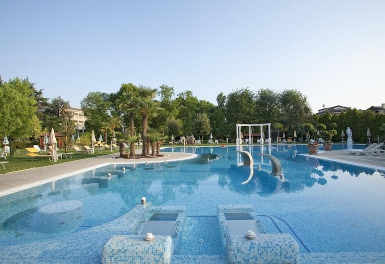 Hotel Harry´s Garden, Abano Terme, View from Hotel