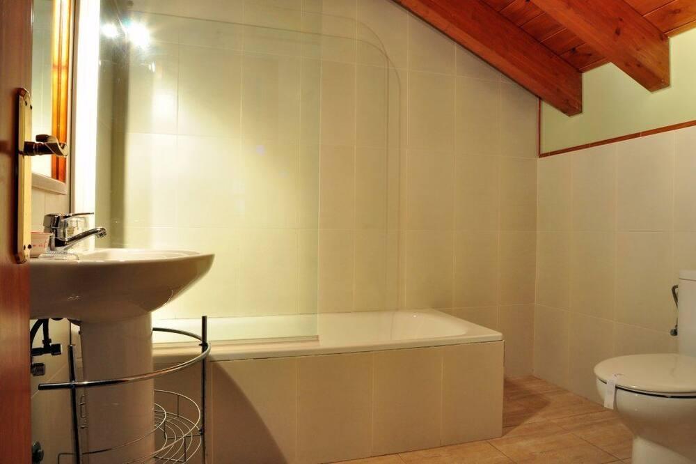 Superior háromágyas szoba - Fürdőszoba