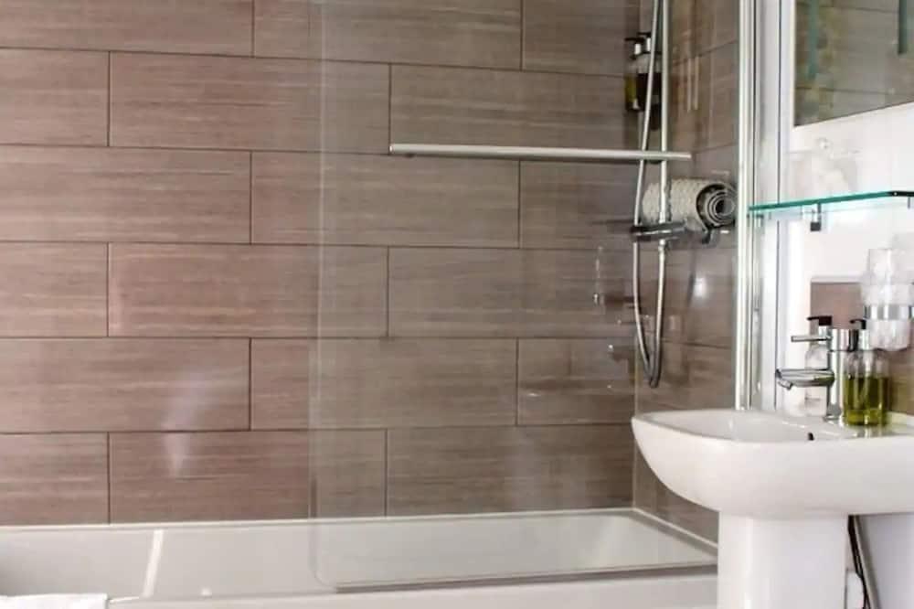 Kambarys šeimai (Standard) - Vonios kambarys