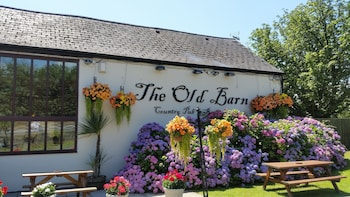 Picture of The Old Barn Inn in Newport
