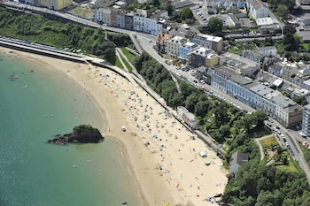Picture of Fourcroft Hotel in Tenby