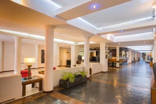 巴拉那格蘭飯店/