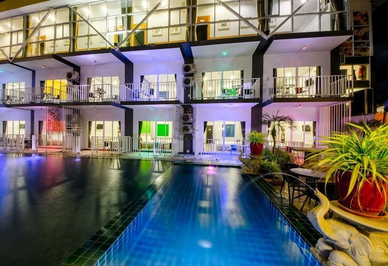 Anantra Resort Pattaya, Pattaya, Outdoor Pool