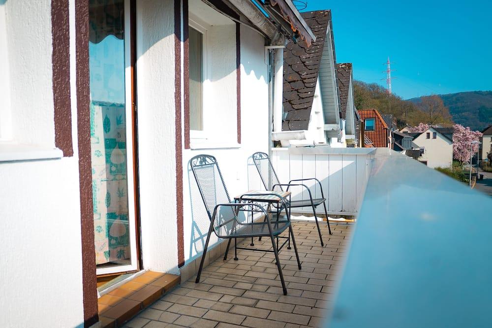 Lägenhet - balkong - Gästrum