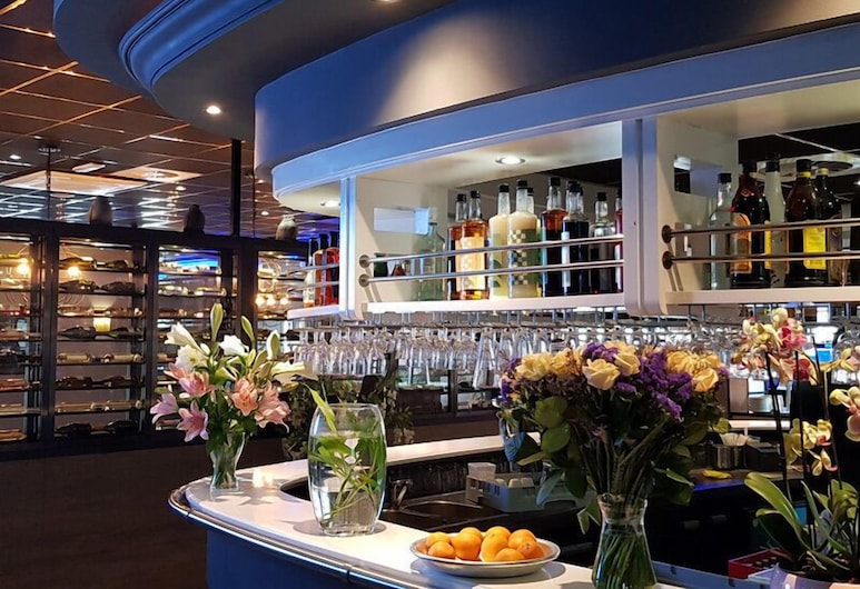 Hotel New Ocean Paradise, Rotterdam, Hotel Bar