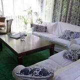Kelly Clark Master Suite - Living Room