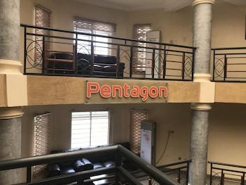 Φωτογραφία του Pentagon Luxury Suites Enugu, Ενούγκου