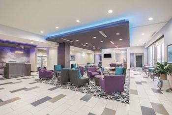 Picture of La Quinta Inn & Suites by Wyndham Enid in Enid
