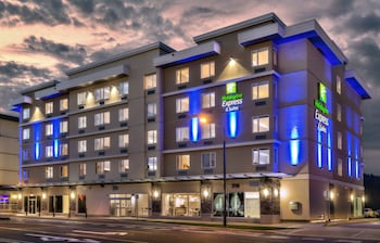 Picture of Holiday Inn Express & Suites Victoria - Colwood in Victoria