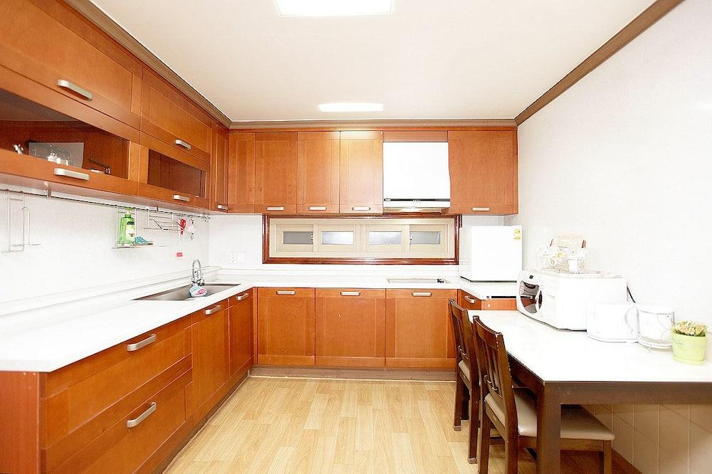 VIP Room  - 共用廚房